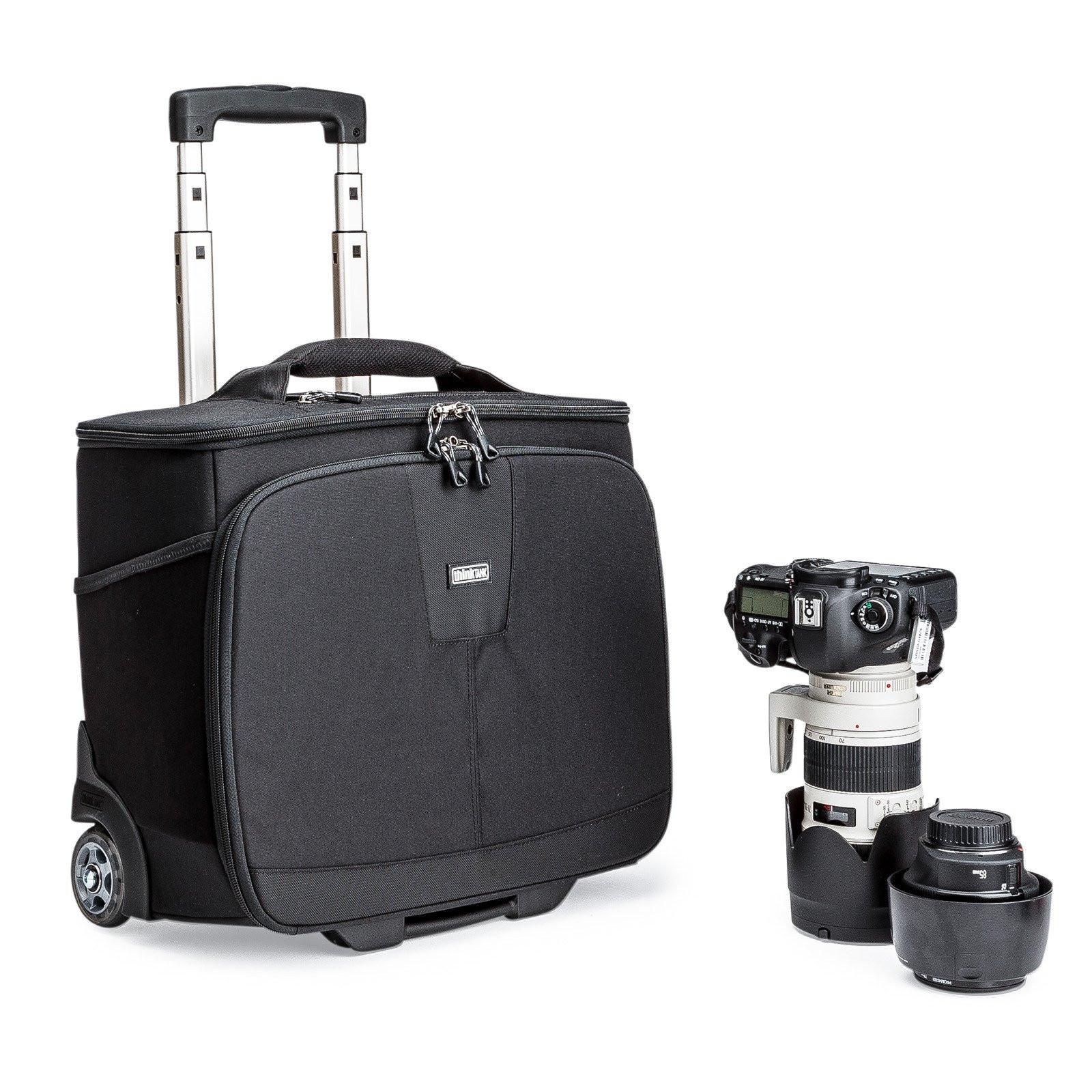 Чемодан на колесах для фототехники Think Tank Airport Navigator