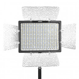 Постоянный LED свет Yongnuo YN300IV RGB (3200-5600К)